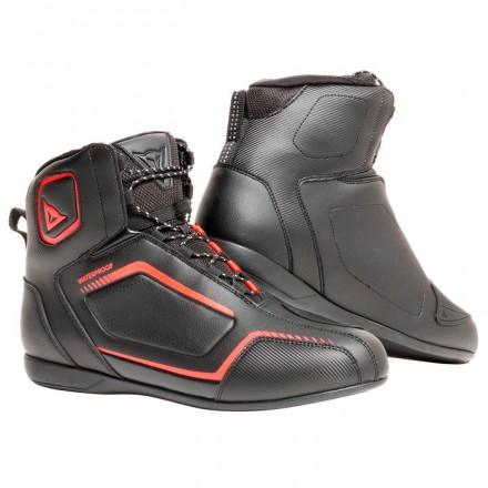 Scarpe moto impermeabili Dainese Raptors D-Wp nero rosso black red fluo waterproof shoes